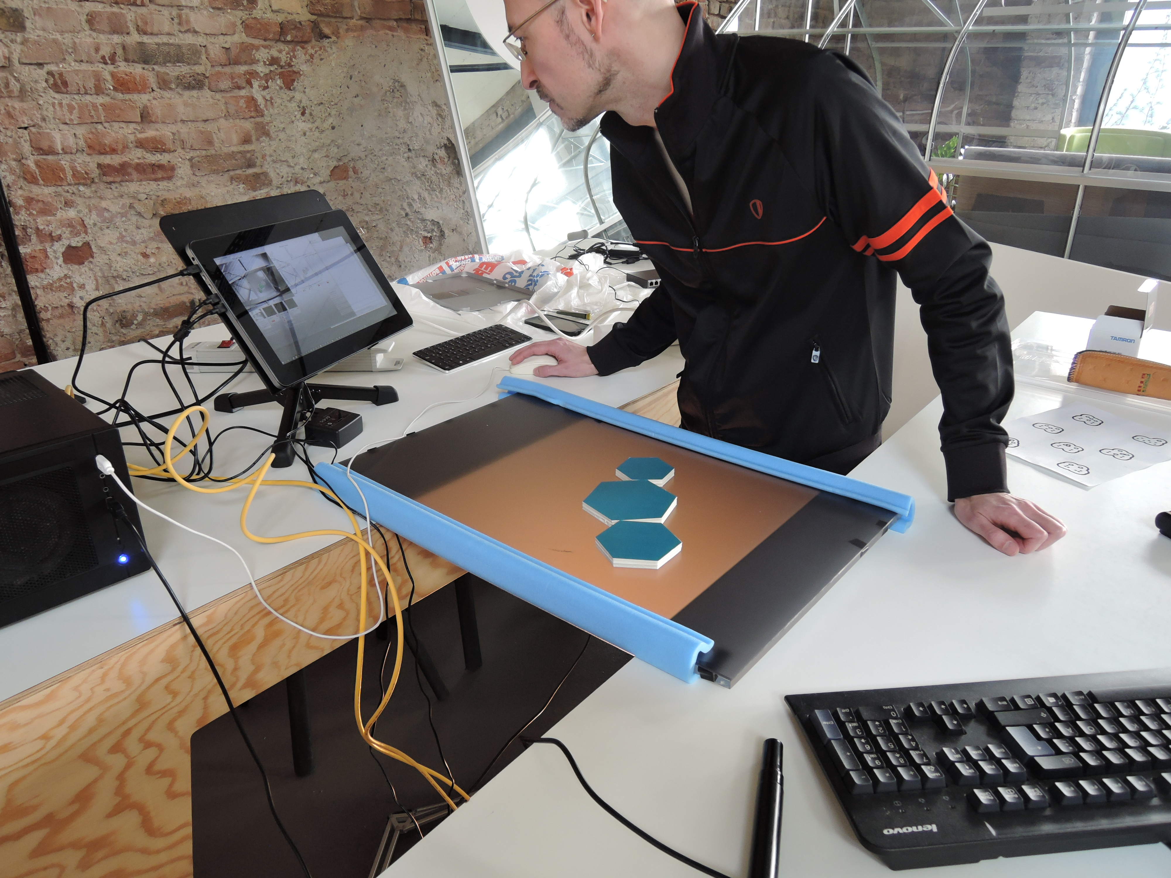 Prototyping in the D.Lab: Tokens are tested with a touch surface
